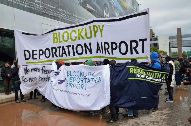 Blockupy_2013_Deportation_Airport5
