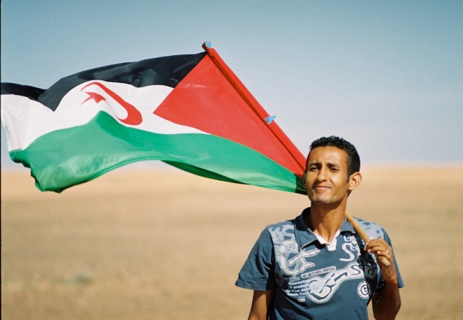 Sahrawi_with_flag